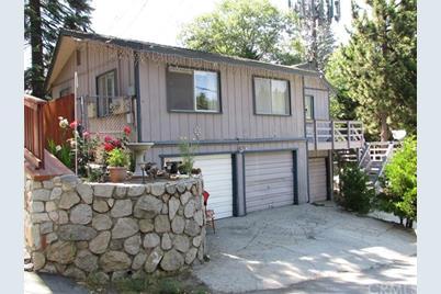 740 Sierra Vista Drive - Photo 1
