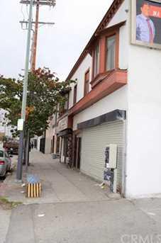 2416 E 1st Street - Photo 4