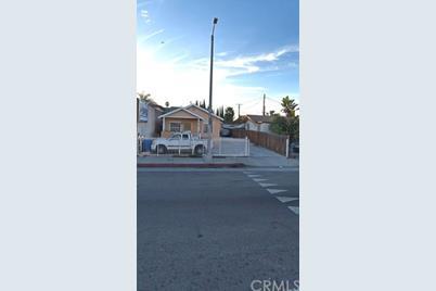 8125 S San Pedro St - Photo 1