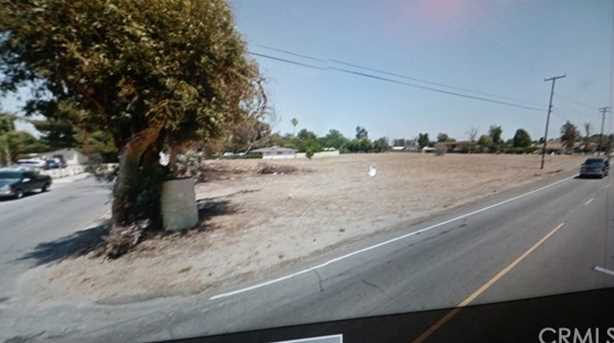 18115 Pine Avenue - Photo 1