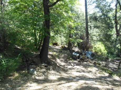 10750 Foothill Road - Photo 4