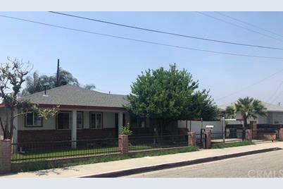 4419 La Rica Avenue - Photo 1