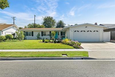 2748 San Carlos Lane - Photo 1