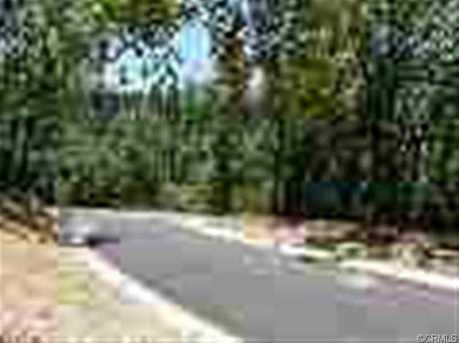 5380 Breezewood Drive - Photo 2