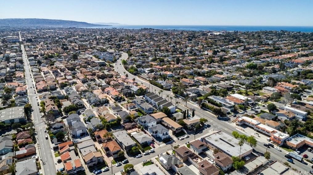 1908 Bataan Rd, Redondo Beach CA  90278-1304 exterior
