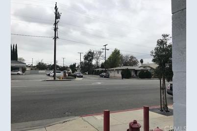 2605 San Gabriel Boulevard - Photo 1