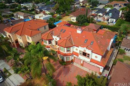 16261 California Ave - Photo 2