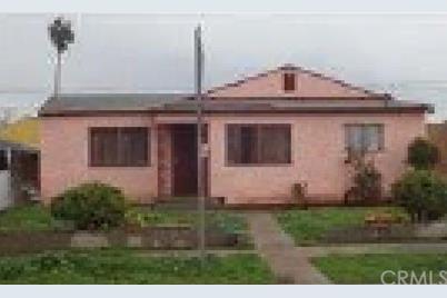 2106 N Salinas Avenue - Photo 1