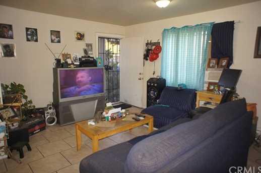10608 Wilmington Avenue - Photo 2