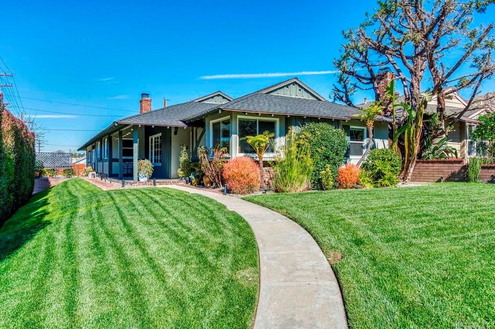 401 Andover Dr, Burbank, CA 91504