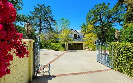 17450 Rancho Street - Photo 4