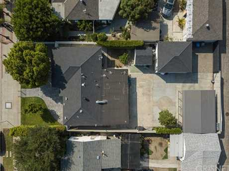 10128 Laurel Canyon Boulevard - Photo 24