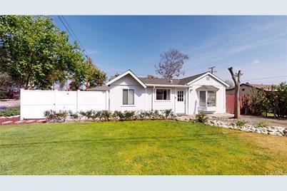 5350 N Roxburgh Avenue - Photo 1