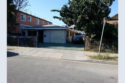 2641 S Longwood Avenue - Photo 1