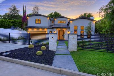 14923 Valley Vista Blvd Sherman Oaks
