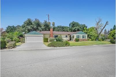 3571 E Hillhaven Drive - Photo 1