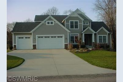 32 Meadows Drive - Photo 1