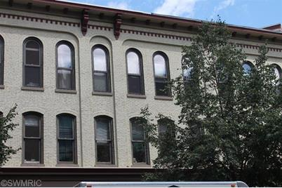 40 Monroe Center Street #309 - Photo 1
