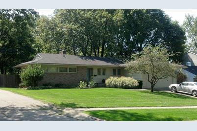 2828 Oakwood Drive - Photo 1