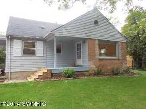 1819 Wooster Avenue - Photo 1
