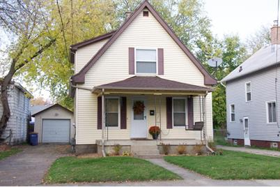 209 Burr Oak Street - Photo 1