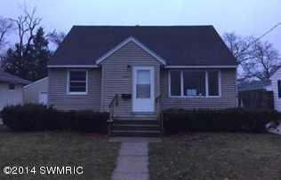 2509 Morton Ave - Photo 1