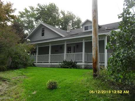 17725 Laketon Avenue - Photo 1