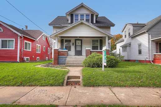 1029 Davis Avenue - Photo 1