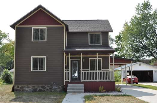 219 4th Ave - Photo 1