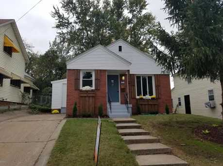 1104 Hall St - Photo 1