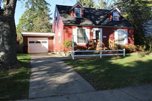 331 E Pine Street - Photo 1