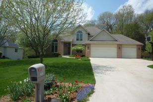 7932 Finnagen Drive - Photo 1