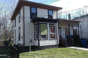 1014 N Church Street - Photo 1