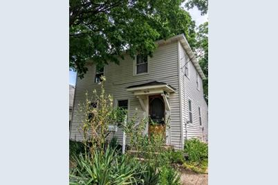 1806 Stafford Avenue - Photo 1