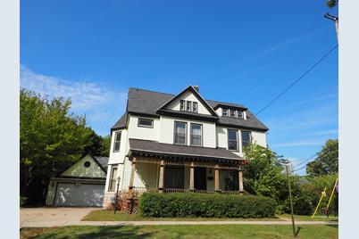 486 W Clay Avenue - Photo 1