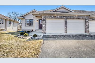 3559 Brook Point Drive - Photo 1