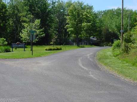 Golfmere Avenue - Photo 2