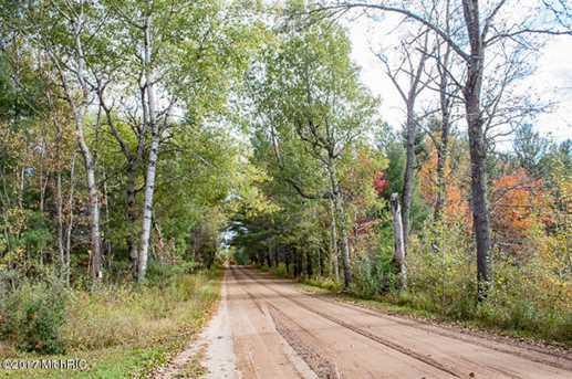 22816 13 Mile Road - Photo 20