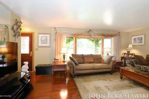 842 Houseman Avenue - Photo 8