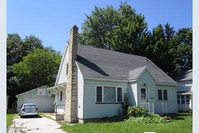 405 N Harrison Street - Photo 1