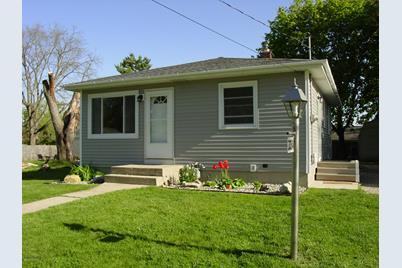 3054 Homewood Street - Photo 1