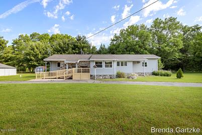 8303 Garbow Road - Photo 1