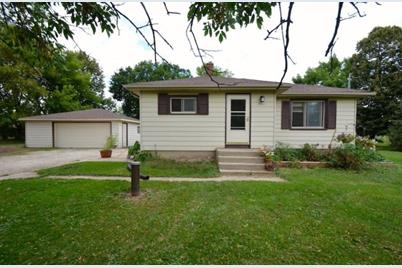 3130 W Forest Hill Ave - Photo 1