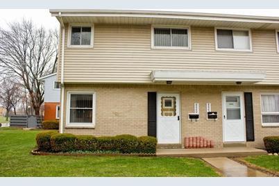 8600 W Villard Ave - Photo 1