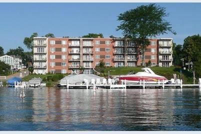 150  Lake St - Photo 1