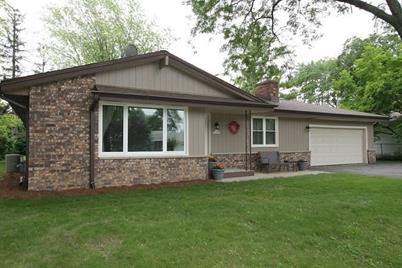 S77W18543  Cook Dr - Photo 1