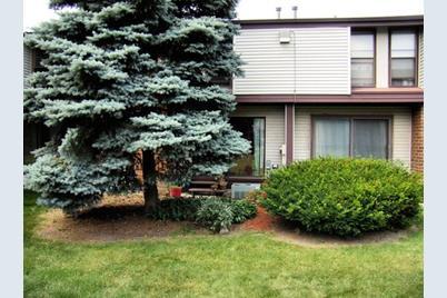1521 W Edgerton Ave - Photo 1