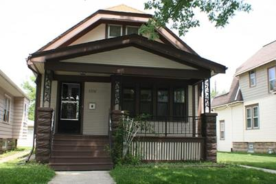 5716 W Rogers St - Photo 1