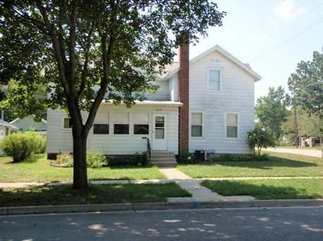 512 N Benton St - Photo 1