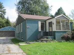 3821 N Green Bay Rd - Photo 1